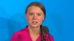 ,,Cudowne dziecko'' Greta Thunberg w polskim podręczniku dla licealistów  - miniaturka
