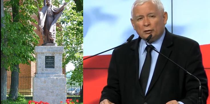 Prezes PiS wziął udział w Nowennie za Ojczyznę   - zdjęcie