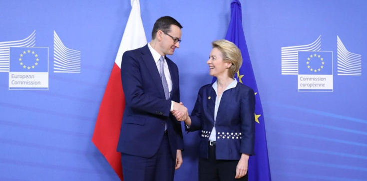 Polski premier i szefowa KE ramię w ramię walczą o szczepionki dla biedniejszych krajów   - zdjęcie
