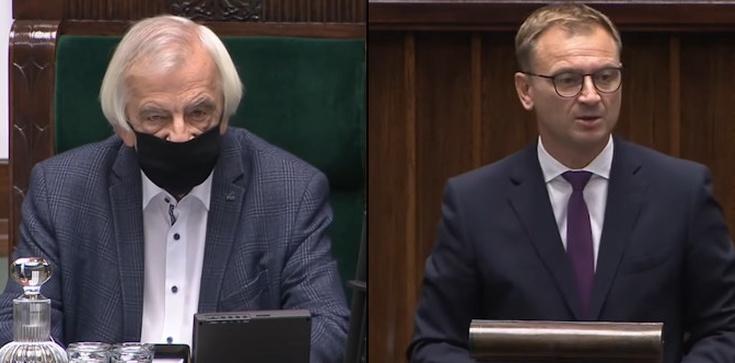 Wicemarszałkowi puściły nerwy. ,,Siadaj Pajacu!'' [WIDEO] - zdjęcie