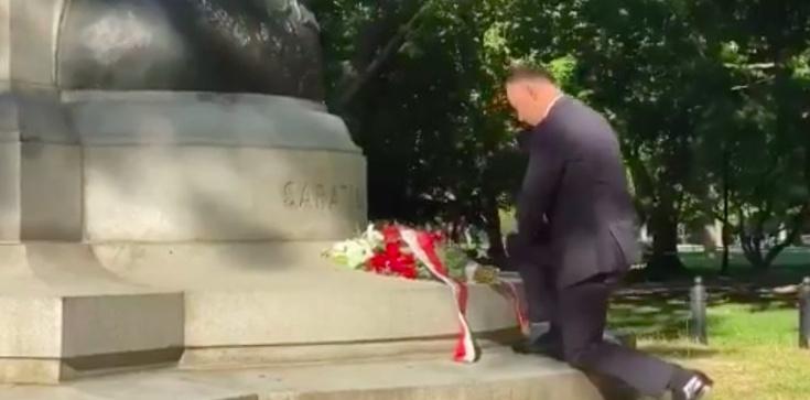 Prezydent złożył kwiaty pod pomnikiem Kościuszki - zdjęcie