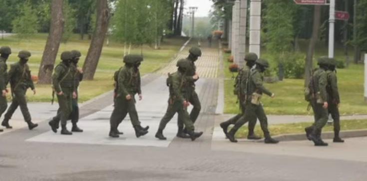 Sommer się cieszy. Łukaszenka: Nie będzie spokoju, rozmieściliśmy połowę wojsk przy granicy z Polską i Litwą - zdjęcie