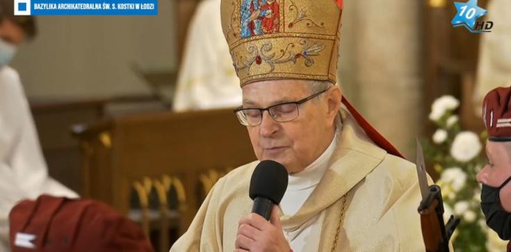 Wzruszający moment. Bp Długosz zaśpiewał dla Krzysztofa Krawczyka - zdjęcie