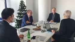 Ks. prof. Andrzej Kobyliński spotkał się z przedstawicielami Państwowej Komisji ds. pedofilii  - miniaturka