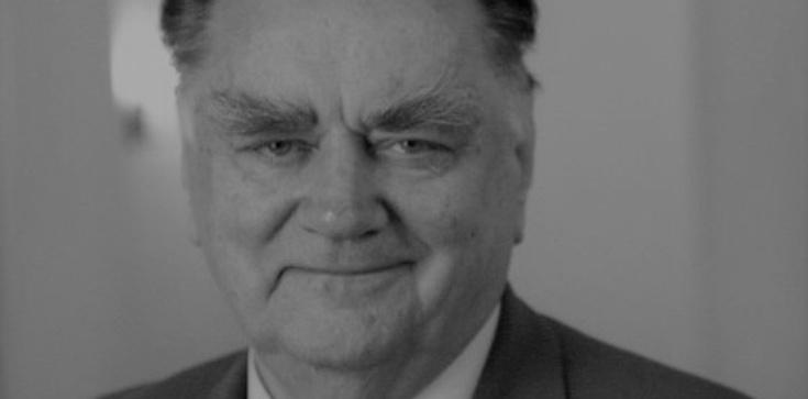 J. Kaczyński: Jan Olszewski był człowiekiem o wymiarze męża stanu - zdjęcie