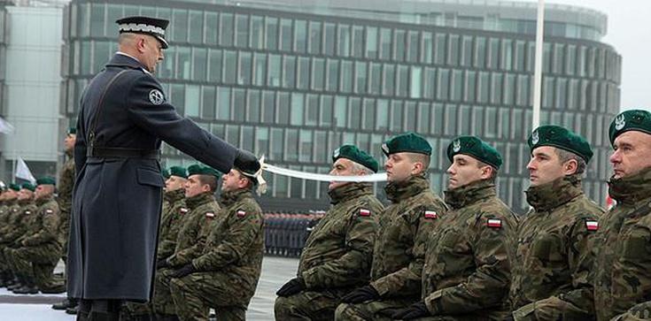 Minister Macierewicz: Polskę ochroni armia bohaterów i NATO - zdjęcie