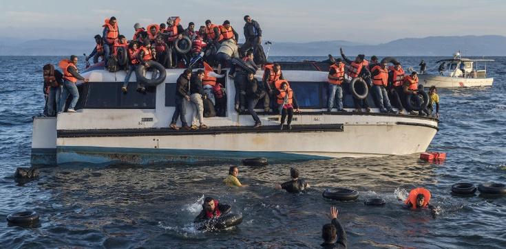 Węgierskie MSZ: Unio, przestań bawić się w Matkę Teresę! - zdjęcie