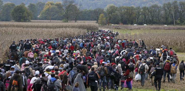 KE chce zmusić kraje Unii do przyjmowania uchodźców - zdjęcie