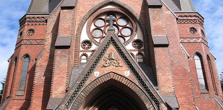 Szczecin. Brutalne pobicie księdza w kościele przed Mszą - zdjęcie