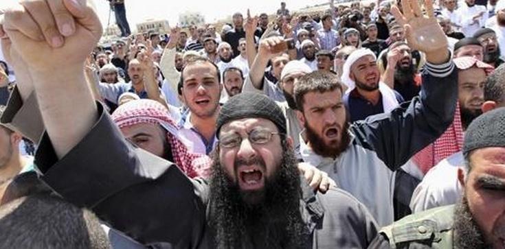 Muzułmanie: Zabijać gejów! Zrzucać z wysokości, palić - zdjęcie
