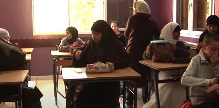 Radykalny islam naciera we francuskich szkołach - zdjęcie