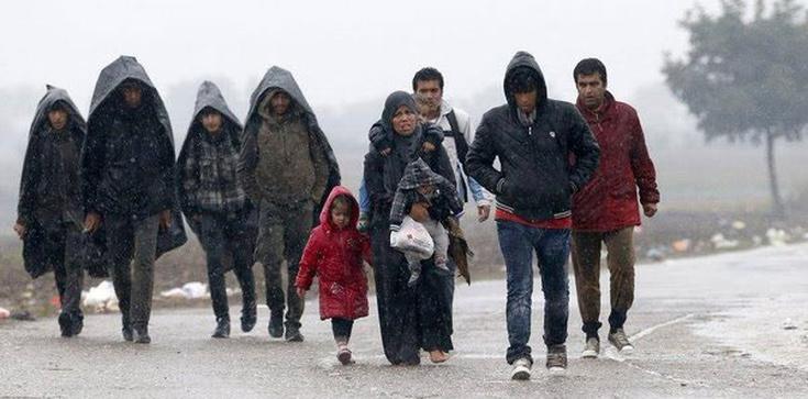 Muzułmańscy uchodźcy prześladują chrześcijan - zdjęcie