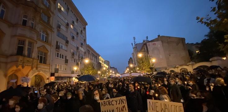 Protesty aborcjonistów – Warszawa, Poznań, Kraków, Bydgoszcz - zdjęcie