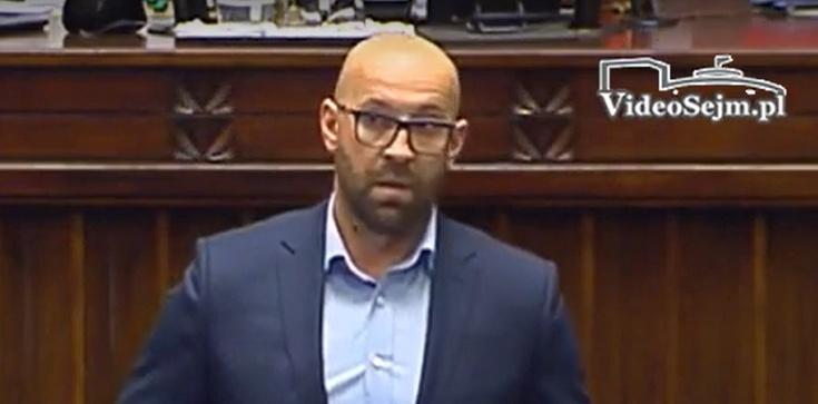 """Poseł PO w Polsacie powiedział za dużo? Dlaczego opozycja wspiera """"mechanizm praworządności""""? - zdjęcie"""