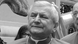 Zmarł ukarany za ukrywanie pedofilii biskup Edward Janiak - miniaturka