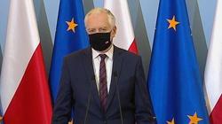 Jarosław Gowin zapowiada ,,bardzo szerokie luzowanie'' obostrzeń - miniaturka