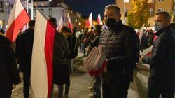 Pokłosie manifestacji? Senator Gawłowski z koronawirusem  - miniaturka