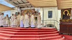 Jasna Góra: Maryja ocaliła Polskę i Kościół - miniaturka