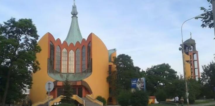 Ks. Piotr Śliżewski: Mamy problem z brzydkimi kościołami  - zdjęcie