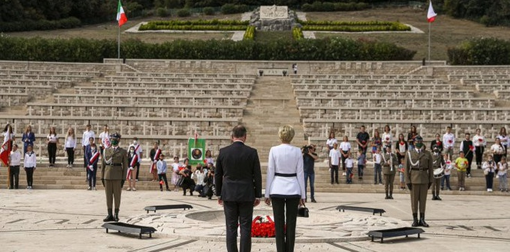 Prezydent Andrzej Duda wspominał gen Andersa na Monte Cassino  - zdjęcie