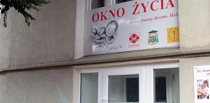 Koszalin. W Oknie Życia uratowano kolejne niemowlę - zdjęcie