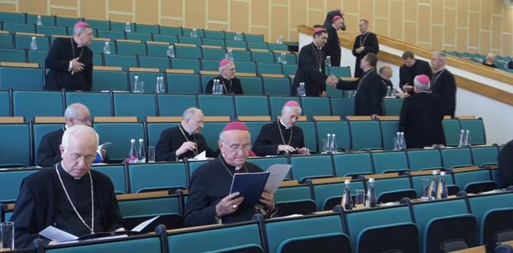 Apel polskich biskupów: Rozmawiajmy językiem miłości - zdjęcie