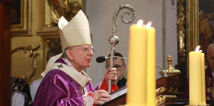 CAŁA HOMILIA Arcybiskupa na pogrzeb K.Morawieckiego - zdjęcie