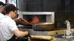Mediolan. Otwarto pizzerię prowadzoną przez młodzież z autyzmem - miniaturka