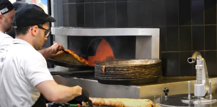 Mediolan. Otwarto pizzerię prowadzoną przez młodzież z autyzmem - zdjęcie