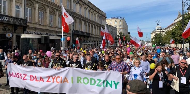 Wyruszył warszawski Marsz Życia. Na czele Prezydent RP - zdjęcie