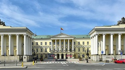 Kontrowersyjny projekt o edukacji seksualnej. Warszawa lekceważy uwagi kuratora oświaty - miniaturka