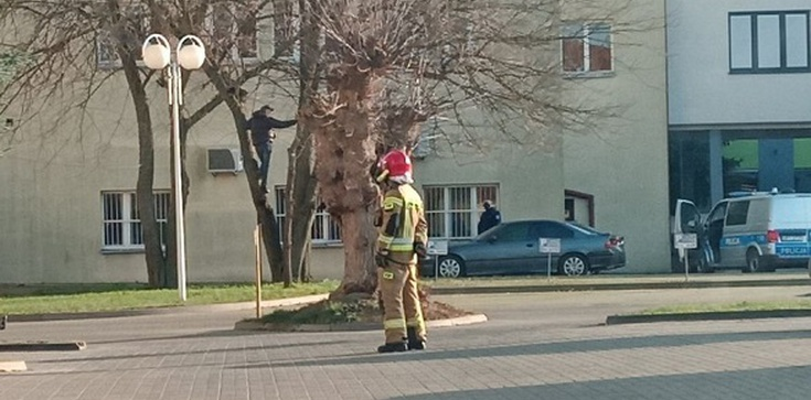 Iława. Chciał się powiesić w centrum miasta - zdjęcie