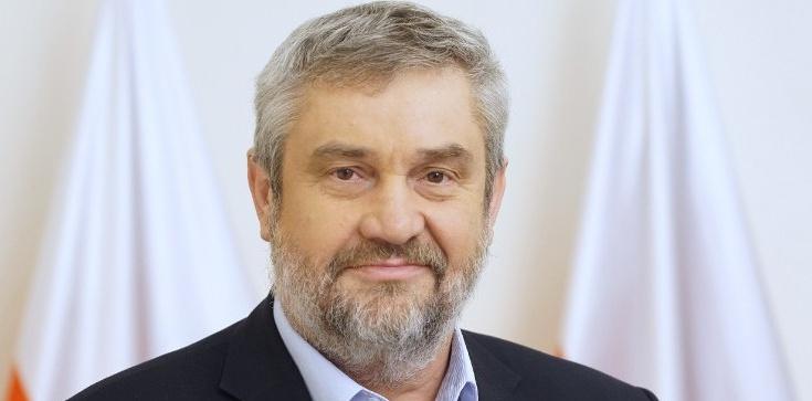 Ardanowski: UE ogranicza produkcję żywności. To oznacza jej import z innych kontynentów - zdjęcie