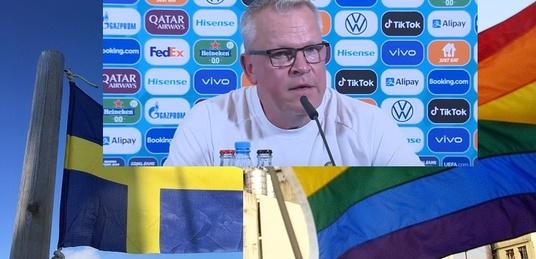 Szwedzcy piłkarze zachowali ,,klasę'', a dziennikarze … pytali o promocję LGBT w meczu z Polską - miniaturka