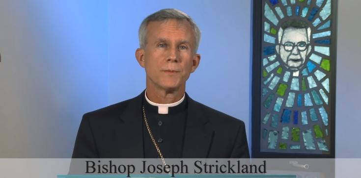 Bp Joseph Strickland: korzeniem zła jest ateizm, nie rasizm - zdjęcie