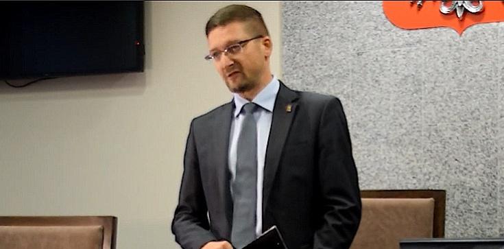 Sędzia Juszczyszyn pisze skargę do ministerstwa i stawia żądania - zdjęcie