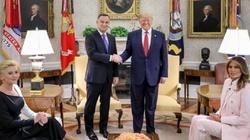 Czy Trumpa martwi stan demokracji w Polsce? ZOBACZ, co odpowiedział dziennikarce! - miniaturka