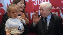 Jarosław Kaczyński: Rodzina jest fundamentem wszystkiego. Nie pozwolimy jej niszczyć - miniaturka