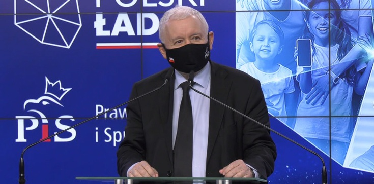 PiS odzyskuje większość w Sejmie - zdjęcie