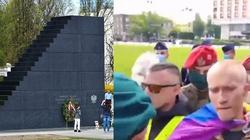 [Wideo] Pilne. Kolejna skandaliczna prowokacja pod pomnikiem Ofiar Tragedii Smoleńskiej! - miniaturka