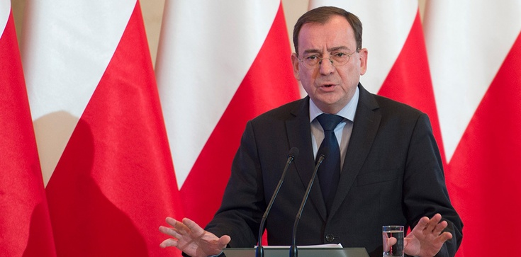 Gorąco w Sejmie. Opozycja chce odwołać ministra Kamińskiego - zdjęcie