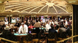 Rząd otwiera kasyna. Restauracje dalej zamknięte - miniaturka