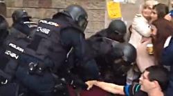 Hiszpański rząd przeprasza za użycie siły wobec uczestników referendum w Katalonii - miniaturka