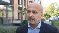 Marcinkiewicz obraża Polaków: W Polsce ludzie są zabobonni, pełni kompleksów, złośliwi i zawistni - miniaturka