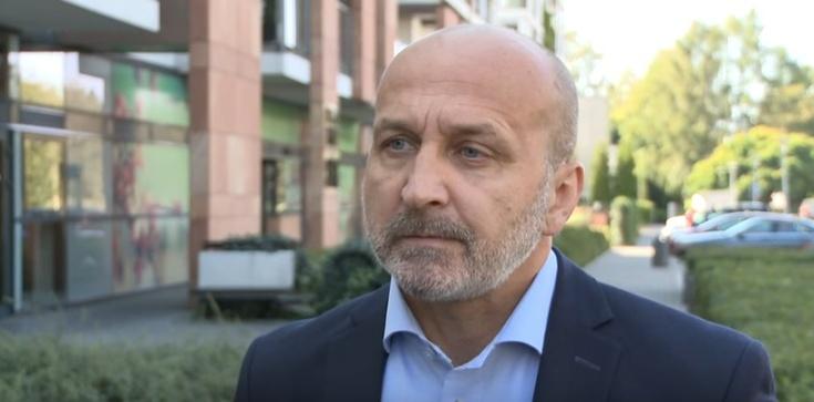 Marcinkiewicz obraża Polaków: W Polsce ludzie są zabobonni, pełni kompleksów, złośliwi i zawistni - zdjęcie