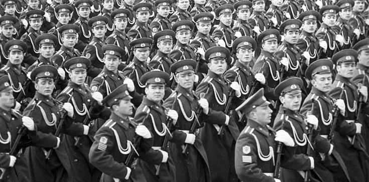 Gen. Sacharowski - ojciec terroryzmu - zdjęcie