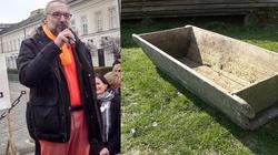 Cała kolejka do koryta z KOD płacze przez Kijowskiego - miniaturka
