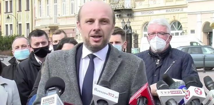 Opozycja wygra w Rzeszowie? Fijołek prowadzi w sondażu - zdjęcie