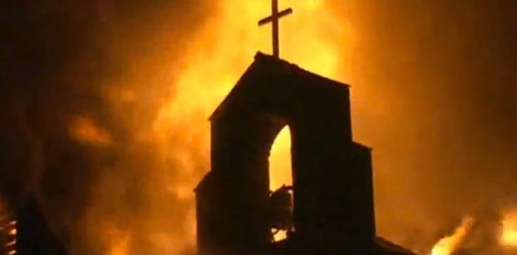 Oto 6 powodów, dla których świat ZAWSZE będzie nienawidzić Kościoła - zdjęcie