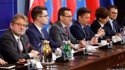 Rząd menedżerów a nie polityków. W tym tkwi sukces reakcji polskiego rządu na epidemię koronawirusa - miniaturka